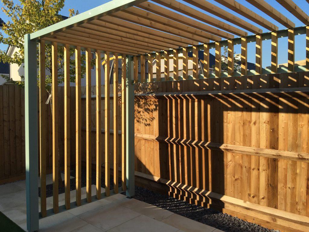 Pergola design en métal et bois