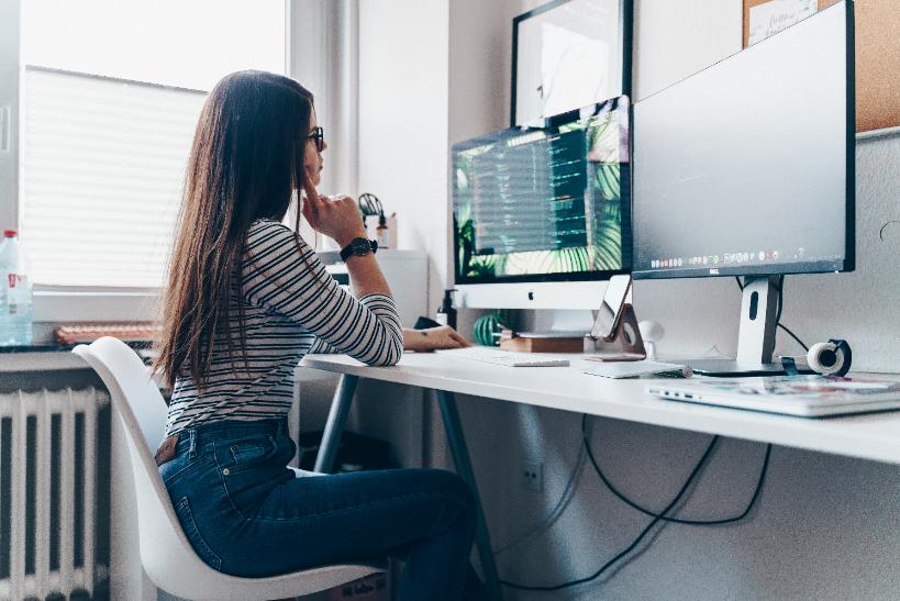 De quoi avez-vous besoin pour travailler à la maison ?